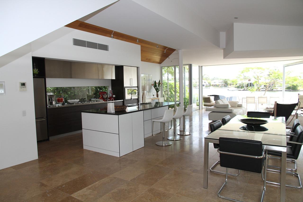 wohnzimmer und küche zusammen
